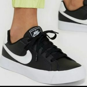 Nike Court Royale Sneakers IRIDESCENT